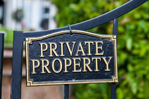 Hutton Mount, Brentwood, Essex, CM13. 5 bedroom detached house for sale