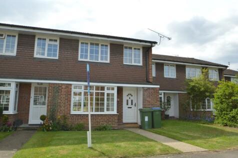 Trenchard Close, Walton-On-Thames, Surrey, KT12. 3 bedroom terraced house