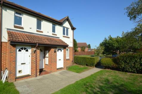Vanbrugh Drive, Walton-On-Thames, Surrey, KT12. 1 bedroom flat