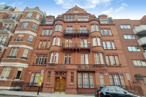 Prince Edward Mansions, Notting Hill, W2. 4 bedroom apartment for sale