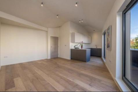 The Hideaway Laser Lane St.Leonards-On-Sea. 15 bedroom block of apartments for sale