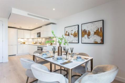 Goodwin Street,  Finsbury Park, London,  N4. 3 bedroom apartment for sale