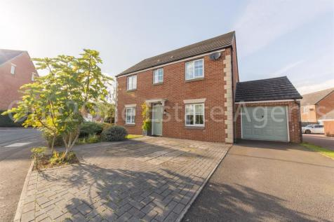 Lobelia Close, Rogerstone, Newport. 4 bedroom detached house for sale