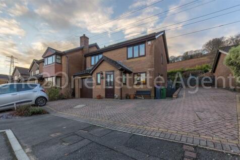 Celandine Court, Ty Canol, Cwmbran. 4 bedroom detached house for sale