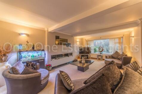 Victoria Road, Abersychan, Pontypool. 3 bedroom bungalow for sale