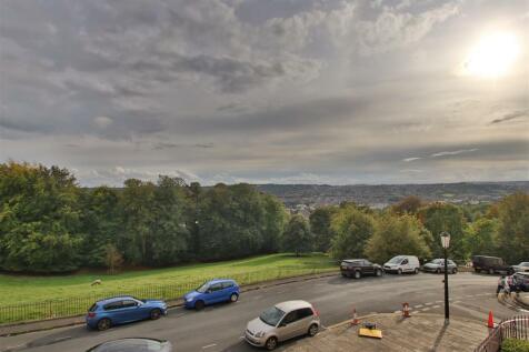 Lansdown Crescent, Bath, BA1. 2 bedroom flat
