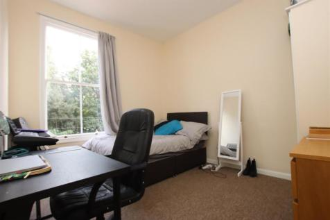 Norfolk Buildings, Bath, BA1. 3 bedroom flat