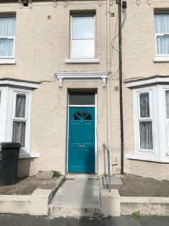 Susans Road, Eastbourne, BN21. 1 bedroom flat
