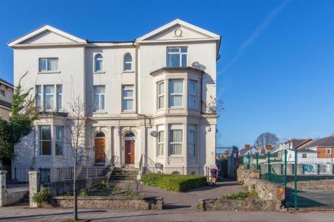 Newport Road, Roath. 1 bedroom private halls