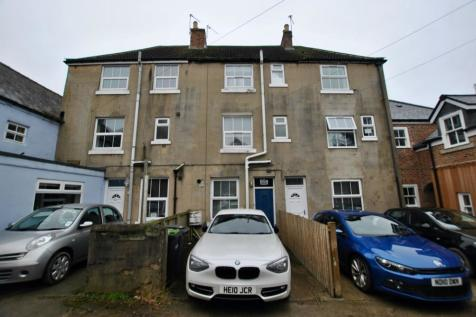 Claypath, Durham, DH1. 2 bedroom terraced house