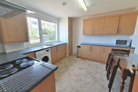 Park Barn Drive, Guildford. 4 bedroom terraced house