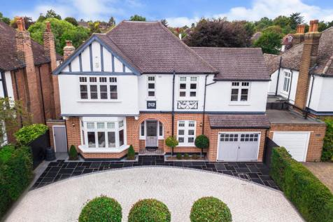 Hayes Road, Bromley, BR2. 5 bedroom detached house