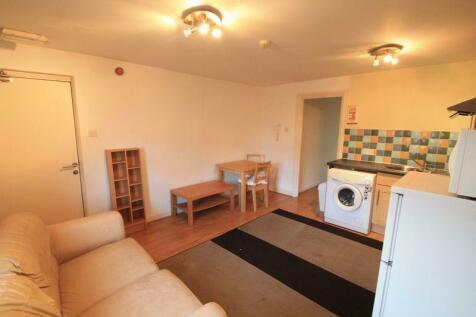 Minister Street, Cardiff. 1 bedroom flat
