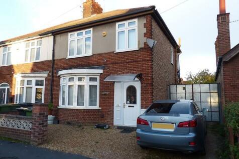 Northfield Road, Peterborough, PE1 3QF. 3 bedroom semi-detached house for sale