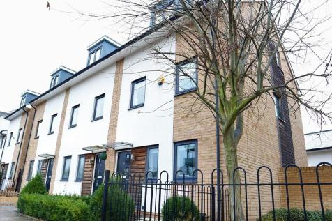 Hammonds Drive, Peterborough, Cambridgeshire. PE1 5AZ. 4 bedroom end of terrace house for sale
