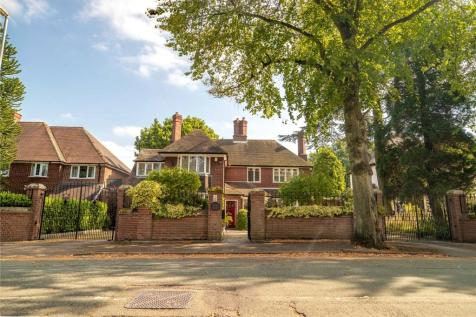 Princes Avenue, Walsall, WS1. 5 bedroom detached house