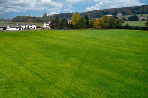 Morning Field Estate, Thorpe Audlin, Pontefract. 14 bedroom equestrian facility for sale