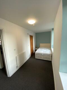 St. Nicholas Street, Worcester, Worcestershire, WR1. 1 bedroom apartment