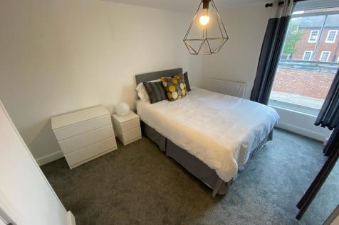 Back Walk, Worcester, Worcestershire, WR1. 10 bedroom apartment