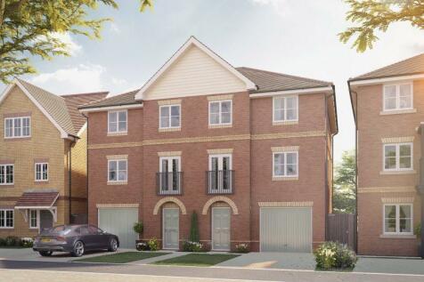 Hersham Road, Hersham, Walton-On-Thames, KT12. 4 bedroom semi-detached house for sale