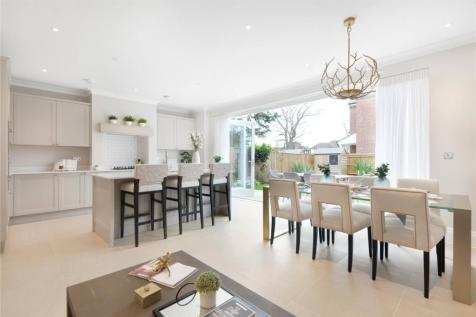 Barrons Chase, Ham, Richmond, TW10. 4 bedroom semi-detached house for sale