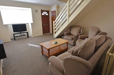 Alfreton Road, Nottingham. 2 bedroom terraced house