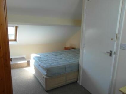 Brownlow Street, York, North Yorkshire, YO31. 5 bedroom terraced house