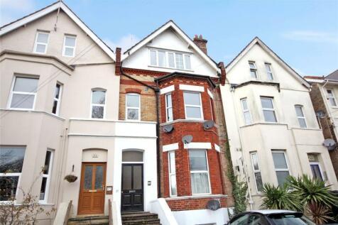 R L Stevenson Avenue, Bournemouth, Dorset, BH4. 3 bedroom maisonette