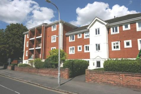 Shelley Court, Reading, RG1. 2 bedroom apartment