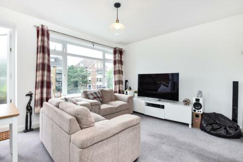Zero Deposit Option, Howard Court, Bromley Road, BR3. 1 bedroom flat