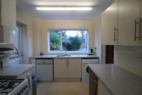 Stamford Drive. 3 bedroom house
