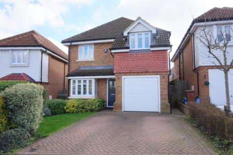 Foulds Close, Wigmore. 4 bedroom detached house