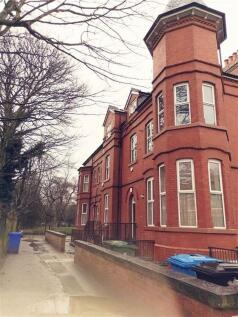78 Northumberland Road, Old Trafford. 3 bedroom duplex