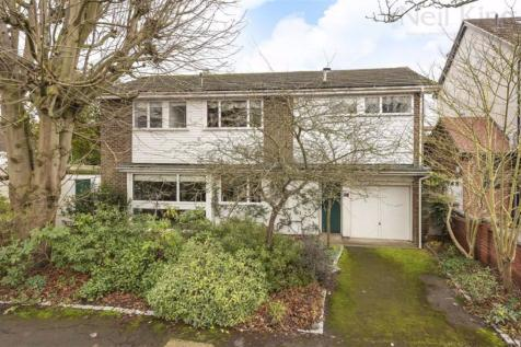 Bushey Avenue, South Woodford, London. 4 bedroom detached house for sale
