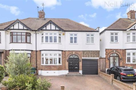Southview Drive, South Woodford, London. 4 bedroom semi-detached house for sale