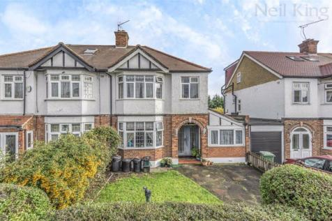 Southview Drive, South Woodford, London. 3 bedroom semi-detached house for sale