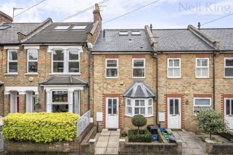 Woodville Road, South Woodford, London. 3 bedroom terraced house for sale