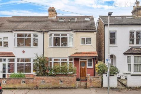 Mulberry Way, South Woodford, London. 4 bedroom end of terrace house for sale