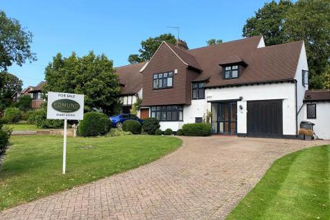 The Covert, Petts Wood East. 4 bedroom detached house