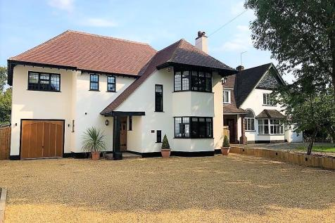 Chislehurst Road, Petts Wood. 5 bedroom detached house