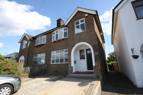 Station Approach, Orpington. 3 bedroom semi-detached house