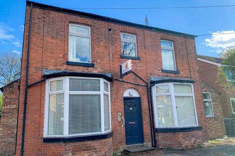 Cresswell Grove, West Didsbury, M20. Studio flat