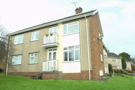 Whitethorn Place, Sketty. 3 bedroom flat