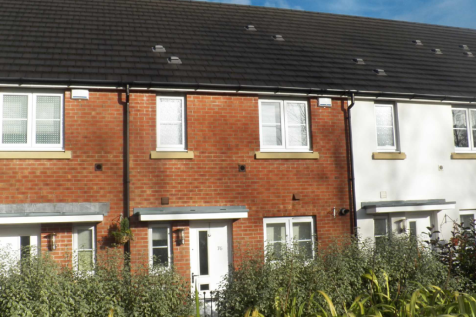 New Cut Road, Central. 3 bedroom property