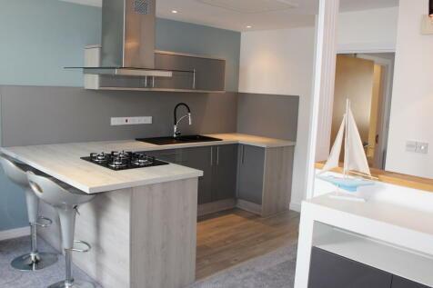 Pentre Nicklaus, Machynys, Llanelli, Carmarthenshire. 1 bedroom flat