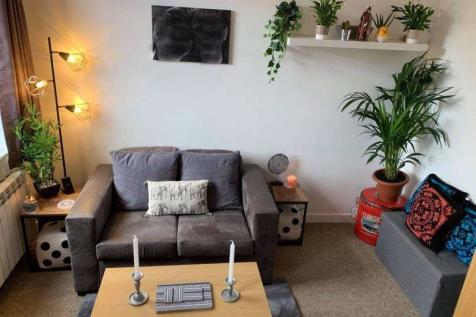 2-4 Trinity Street, Worcester. 1 bedroom flat