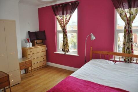 Lambert Road, Worcester. 2 bedroom house of multiple occupation
