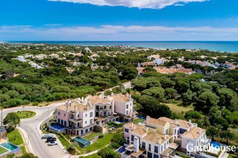 Vale do Lobo, Algarve, Portugal property