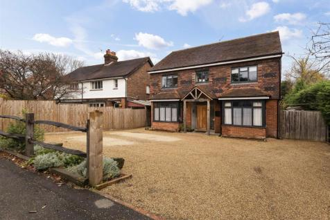 Yardley Park Road, Tonbridge. 5 bedroom detached house for sale