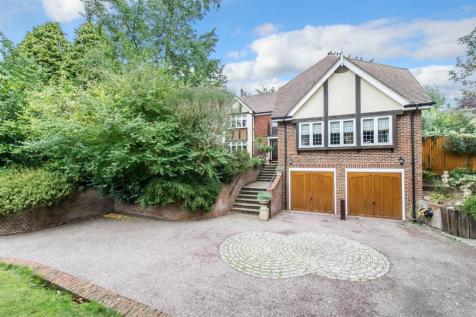Wells Close, Tonbridge. 5 bedroom detached house for sale